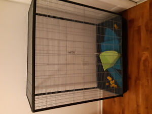 200$ grande cage pour rongeur neuf