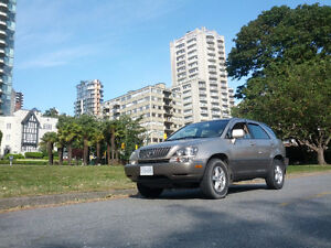 1999 Lexus RX 300 reliable, reduced price