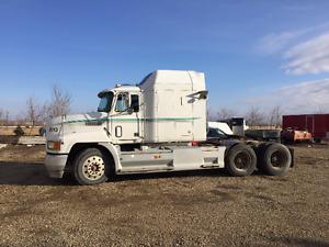 1996 Mack Truck CH613 400 horse 18 speed 24.5 rubber