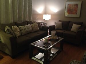Quality couch and loveseat Sarnia Sarnia Area image 2