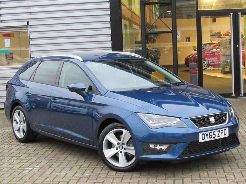 seat leon st 2 0 tdi fr 5 door technology pack blue 2015 in aylesbury buckinghamshire. Black Bedroom Furniture Sets. Home Design Ideas