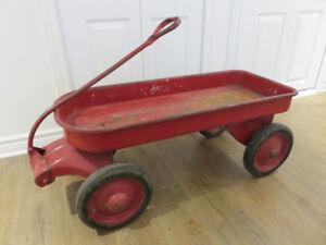 vintage tin red wagon brouette de métal antique rouge, environ 1
