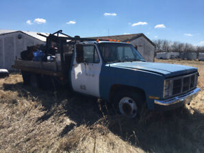 88 GMC 1 ton with deck
