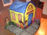 Dora & Diego Playtent school