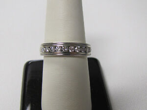 BEAUTIFUL 14K WHITE GOLD 10 DIAMOND RING