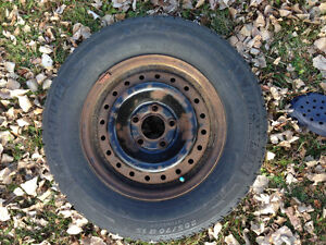 4 Winter tires 205 / 70 R15 MICHELIN X-ICE with rims good shape West Island Greater Montréal image 3