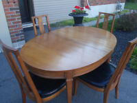 drexel solid pecan harwood table and chair set 1961 mid century