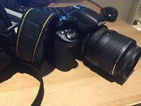 Almost NEW Nikon D3000 Digital DSLR Camera with 18-55mm VR Lens Kit (10.2MP) 3 inch LCD SLR