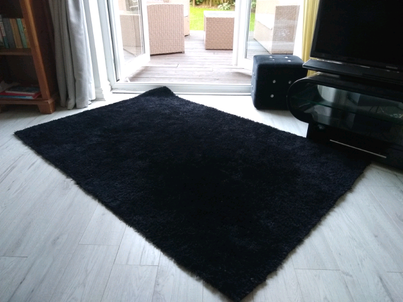 Shaggy Black Sparkle Rug In Great
