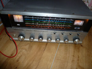 Vintage Realistic DX-160 5 Band Short Wave Radio