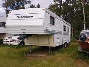 1998 28' Dutchmen fifth wheel