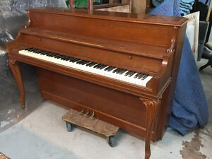 Piano Willis excellente condition