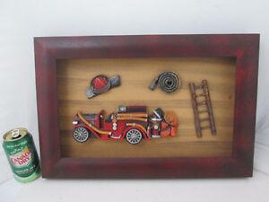626 - Tableau pompier en rellief