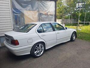 1992 BMW 3-Series Sedan