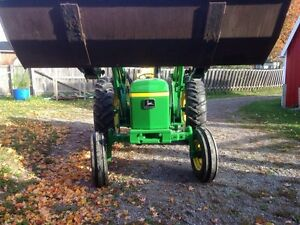 John Deere 1830 Peterborough Peterborough Area image 6