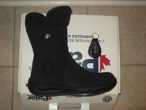 Pajar Canada Women's Emma Boot, Black, 11 B US size BRAND NEW