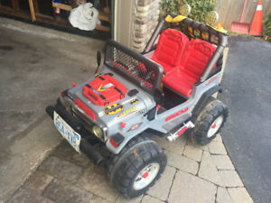 peg perego gaucho battery ride on jeep.?with trailer