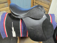 15'' leather english saddle reduced to $150 for quick sale