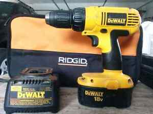 DeWalt 18v 2 speed drill and charger Kingston Kingston Area image 1