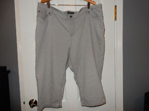 """Baccini""  Grey Capri,  Plus size 22"