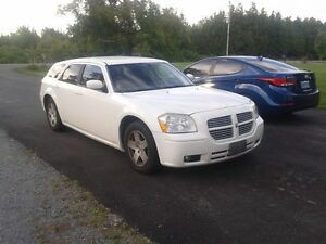2006 Dodge Magnum Wagon / trade