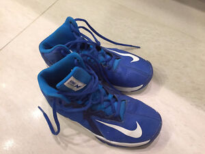 Basketball Shoes for Kids - Nike US Size 4