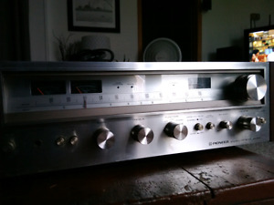 Pioneer SX 580 Integrated Amp