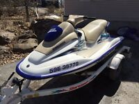 2001 mint low hr gs seadoo on a really nice trailer 2800