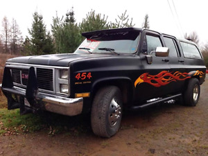 1985 GMC Suburban - 454 Big Block, Dually