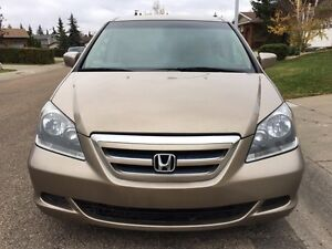 2006 Honda Odyssey EX with Remote Starter (Stow and Go)
