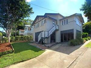 Large Room to rent in house on quite street in Kelvin Grove.