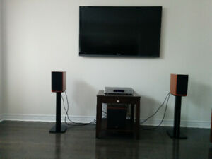 High end stereo system. DYNAUDIO FOCUS series.