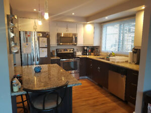 SUBLET 4 bedroom town home for JUNE 15!! Ness & Sturgeon!