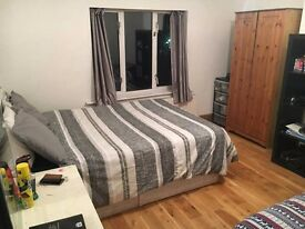 Streatham double room 15 minutes to St Paul's