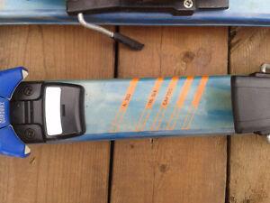 305 mm Lange Boots and 185 Fischer skiis with  Salomon bindings Peterborough Peterborough Area image 3