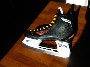 Patins de hockey CCM RBZ Gr. 11