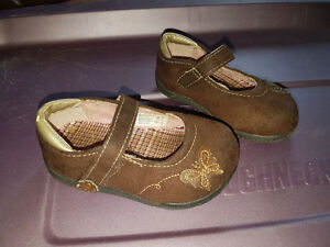 Toddler Teeny Toes Non marking soles size 3