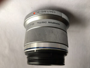 OLYMPUS 45mm f:1.8 Lens and Zoom Lens 14-42mm, f:3,5-5,6