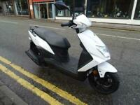 Sym Mask 125cc scooter moped learner legal 5 years warranty.