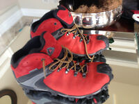 ecco men hiking boots size 42 or 11-11.5