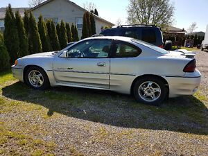2002 Pontiac Grand Am GT Coupe (2 door)