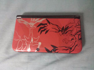 Pokemon X and Y Red Edition 3DS XL with games