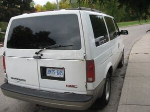 2003 GMC Safari slt , Van