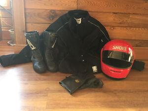 Motorcycle helment, jacket, boots & gloves