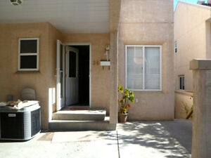Beautiful APARTMENT/HOUSE/UNIT CONDO 1900$  3-4 BEDROOMS