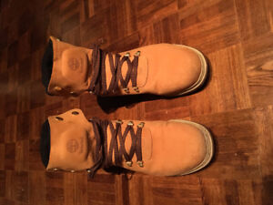 Selling Timberland Winter Boots