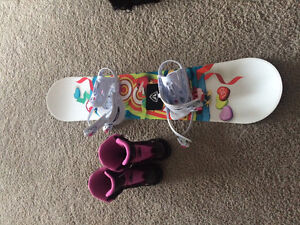 Girls snowboard and boots excellent condition!