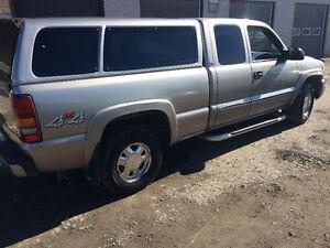 2003 GMC Sierra 1500 4x4 Pickup Truck
