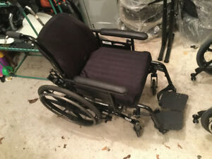 Solara 3G Tilt-in-Space Wheel Chair - Excellent Clean Condition
