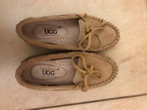 Uggs (4T)